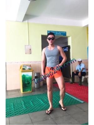 Mã số 12 menly 22 tuổi cao 1m78 nặng 68 kg hàng 20 cm top or bot massage phục vụ nhiệt tình